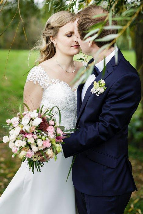 Hochzeitsfotograf Düsseldorf für romantische Hochzeitsfotos